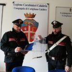 Corigliano Calabro: litigano per il reddito di cittadinanza ed il figlio accoltella il padre, arrestato dai carabinieri