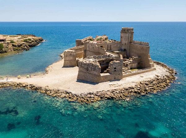 le castella isola capo rizzuto